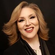 Adriana DeLoach